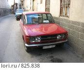 Купить «Автомобиль Фиат на улице Дамаска», фото № 825838, снято 29 декабря 2007 г. (c) Булат Каримов / Фотобанк Лори