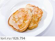 Купить «Оладьи с медом», фото № 826794, снято 4 сентября 2005 г. (c) Кравецкий Геннадий / Фотобанк Лори