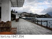 Купить «Пустая набережная Гурзуфа в ноябре», фото № 847354, снято 17 ноября 2008 г. (c) Pshenichka / Фотобанк Лори