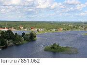 Вид с колокольни озеро Селигер (2007 год). Редакционное фото, фотограф Инна Додица / Фотобанк Лори