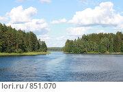Озеро Селигер летом (2007 год). Редакционное фото, фотограф Инна Додица / Фотобанк Лори