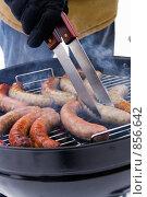 Купить «Баварские колбаски жарятся на гриле», фото № 856642, снято 1 января 2009 г. (c) Миняева Ольга / Фотобанк Лори