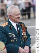 Купить «День Победы в Балашихе, 2009 год», эксклюзивное фото № 861742, снято 9 мая 2009 г. (c) Дмитрий Неумоин / Фотобанк Лори