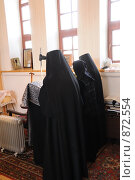 Купить «Монахини в церкви», фото № 872554, снято 8 апреля 2009 г. (c) Иванов Аркадий Николаевич / Фотобанк Лори