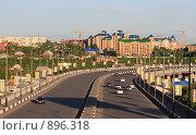 Купить «Фрунзенский мост через реку Омь. Омск», фото № 896318, снято 29 мая 2009 г. (c) Юлия Машкова / Фотобанк Лори