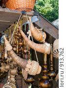 Купить «Торговля сувенирами. Великий Новгород», эксклюзивное фото № 913762, снято 22 апреля 2019 г. (c) Александр Щепин / Фотобанк Лори