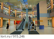 """Торговый центр """"Филион"""", Москва (2009 год). Редакционное фото, фотограф Алексей Баранов / Фотобанк Лори"""