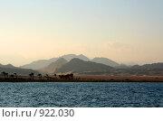 Египет. Шарм-эш-Шейх. Бухта Nabg bay. Горы на закате. Стоковое фото, фотограф ElenArt / Фотобанк Лори