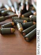 Купить «Патроны для пистолета ПМ», фото № 934462, снято 18 июня 2009 г. (c) Татьяна Белова / Фотобанк Лори