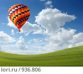 Купить «Воздушный шар в небе», фото № 936806, снято 20 июня 2009 г. (c) Владимир Овчинников / Фотобанк Лори