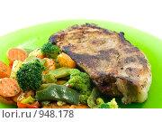 Мясо с овощами. Стоковое фото, фотограф юлия юрочка / Фотобанк Лори