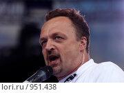 Купить «Комментатор Виктор Гусев», фото № 951438, снято 27 июня 2009 г. (c) Алексей Зарубин / Фотобанк Лори