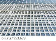 Купить «Ряды окон административного здания», фото № 953678, снято 2 июня 2009 г. (c) Олег Рыбаков / Фотобанк Лори