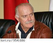 Купить «Никита Михалков», фото № 954686, снято 12 февраля 2008 г. (c) Александр Легкий / Фотобанк Лори