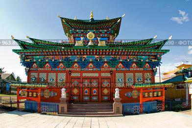 Купить «Буддийский храм. Иволгинский дацан. Бурятия», фото № 963890, снято 8 июня 2009 г. (c) Александр Подшивалов / Фотобанк Лори