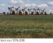 Купить «Группа насосов глубинных», фото № 976038, снято 9 июля 2009 г. (c) Мишарин Алексей / Фотобанк Лори