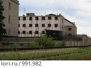 Купить «Следственный изолятор», эксклюзивное фото № 991982, снято 22 июля 2009 г. (c) Василий Пешненко / Фотобанк Лори
