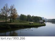 Купить «Утренний пейзаж с видом на реку Свислочь, г.Минск, Беларусь», фото № 993266, снято 3 мая 2009 г. (c) Марина Шатерова / Фотобанк Лори