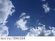 Купить «Тёмно синее небо и облака», фото № 994034, снято 18 июля 2009 г. (c) Erudit / Фотобанк Лори