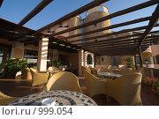 Купить «Веранда. Отель Grand Hotel Smeraldo Beach, Сардиния», фото № 999054, снято 7 июня 2009 г. (c) Сергей Бесчастный / Фотобанк Лори