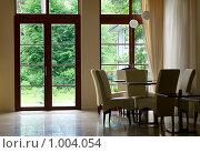 Купить «Классический интерьер», фото № 1004054, снято 3 июля 2009 г. (c) Алексей Лебедев / Фотобанк Лори