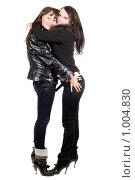 Купить «Обнимающиеся девушки», фото № 1004830, снято 25 октября 2008 г. (c) Сергей Сухоруков / Фотобанк Лори