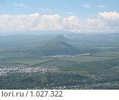Вид на окрестности Пятигорска с горы Машук. Стоковое фото, фотограф Людмила Панкова / Фотобанк Лори