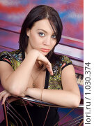 Купить «Портрет девушки у пианино», фото № 1030374, снято 13 мая 2009 г. (c) Сергей Сухоруков / Фотобанк Лори