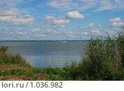 Купить «Ростов Великий. Озеро Неро», эксклюзивное фото № 1036982, снято 11 июля 2009 г. (c) lana1501 / Фотобанк Лори