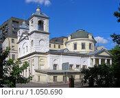 Купить «Церковь Успения на Могильцах», эксклюзивное фото № 1050690, снято 26 июля 2008 г. (c) lana1501 / Фотобанк Лори
