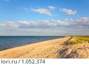 Купить «Берег Азовского моря», фото № 1052374, снято 13 июня 2009 г. (c) Юрий Брыкайло / Фотобанк Лори
