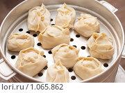 Купить «Киргизские национальные пельмени», фото № 1065862, снято 6 марта 2009 г. (c) Наталья Демидчик / Фотобанк Лори