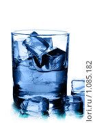 Купить «Напиток со льдом», фото № 1085182, снято 28 августа 2009 г. (c) Роман Сигаев / Фотобанк Лори