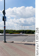 Купить «Пешеходный переход на Набережной», фото № 1091258, снято 29 августа 2009 г. (c) Валерий Лифонтов / Фотобанк Лори