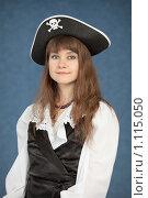 Купить «Портрет женщины в костюме пирата», фото № 1115050, снято 24 июля 2009 г. (c) pzAxe / Фотобанк Лори