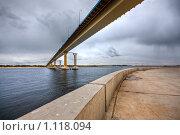 Купить «Геометрия моста», фото № 1118094, снято 26 сентября 2009 г. (c) Олег Ивашкевич / Фотобанк Лори