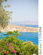 Купить «Гавань на Родосе, Греция», фото № 1119054, снято 10 августа 2009 г. (c) Вероника Галкина / Фотобанк Лори
