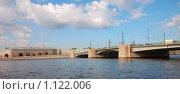 Купить «Летний Питер. Тучков мост», фото № 1122006, снято 7 августа 2009 г. (c) Юрий Бульший / Фотобанк Лори