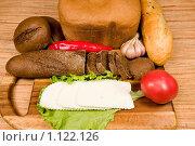 Купить «Хлеб и сыр для завтрака», фото № 1122126, снято 23 сентября 2009 г. (c) Okssi / Фотобанк Лори