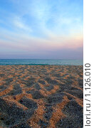 Купить «Закат на пляже», фото № 1126010, снято 12 августа 2008 г. (c) Роман Бородаев / Фотобанк Лори