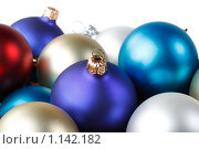 Купить «Фон из елочных игрушек. Новогоднее украшение.», фото № 1142182, снято 6 декабря 2008 г. (c) Мельников Дмитрий / Фотобанк Лори
