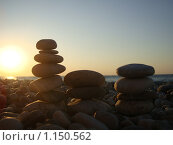 Балансировка камней. Стоковое фото, фотограф Алексей Росляков / Фотобанк Лори