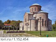 Купить «Патриарший собор в Пицунде, Абхазия», фото № 1152454, снято 29 августа 2009 г. (c) Владимир Сергеев / Фотобанк Лори