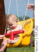 Купить «Ребенок на качелях», фото № 1157262, снято 1 августа 2009 г. (c) Андрей Ганночка / Фотобанк Лори