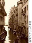 Венеция, декабрь, 2008 г, сепия. Редакционное фото, фотограф Ирина Хаврошина / Фотобанк Лори