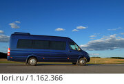 Купить «Микроавтобус», фото № 1162366, снято 21 августа 2009 г. (c) Дмитрий Калиновский / Фотобанк Лори
