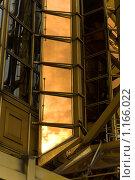 Купить «Фрагмент офисного здания», фото № 1166022, снято 28 мая 2018 г. (c) Абашева Татьяна Шамилевна / Фотобанк Лори