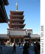 Токио, Асакуса, буддийский храм (2008 год). Редакционное фото, фотограф Павел Сидоренко / Фотобанк Лори