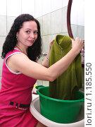 Купить «Стирка», эксклюзивное фото № 1185550, снято 31 октября 2009 г. (c) Мария Зубарева / Фотобанк Лори