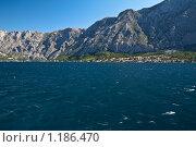Горы, Которский залив, Черногория (2009 год). Стоковое фото, фотограф Сергей Бесчастный / Фотобанк Лори